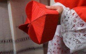 Mission conclave dans Divers barrette-cardinal-300x190